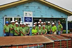 Lowes Women Build